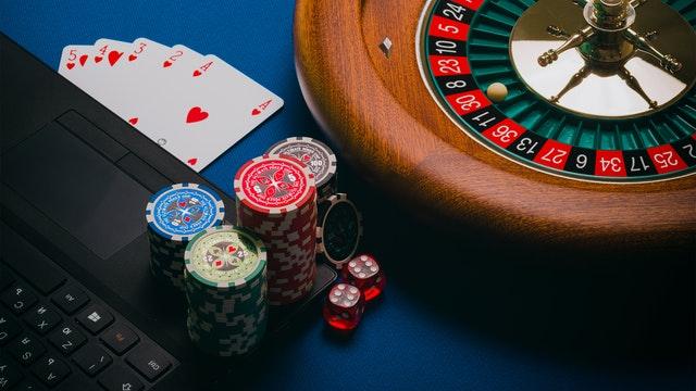 Various Online Casino Gambling Benefits