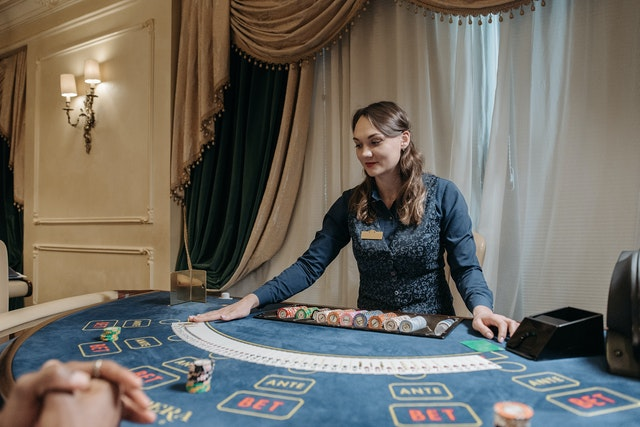 What Offers Make Online Baccarat More Exciting And Worthy? Uncover The Details Here!